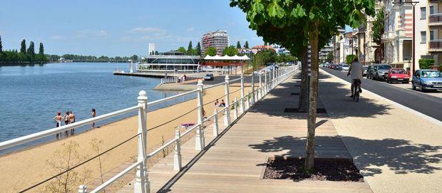 La plage de Vichy revisitée pour l'ouverture de juin 2014 !