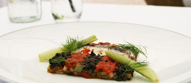 Recette entrée froide : sardines marinées sur lit de ratatouille