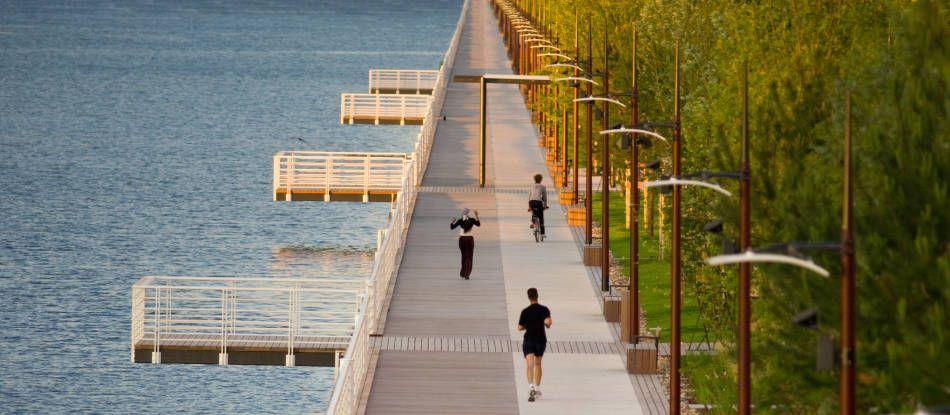 Thalasso ou balnéo ? Lac d'Allier de Vichy, situé en bordure du centre-ville.