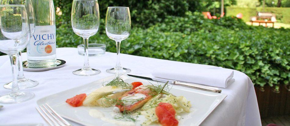 Déjeuner sur la terrasse du restaurant Saveurs, Plaisir et Santé le N3, Vichy