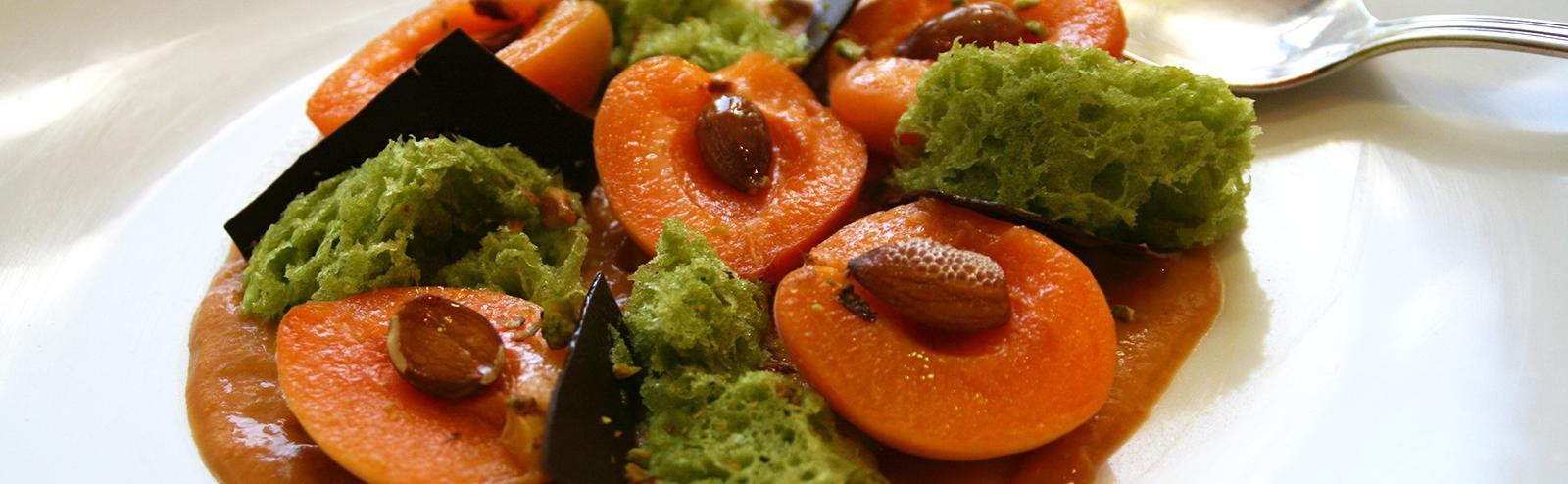 recette abricots pochés