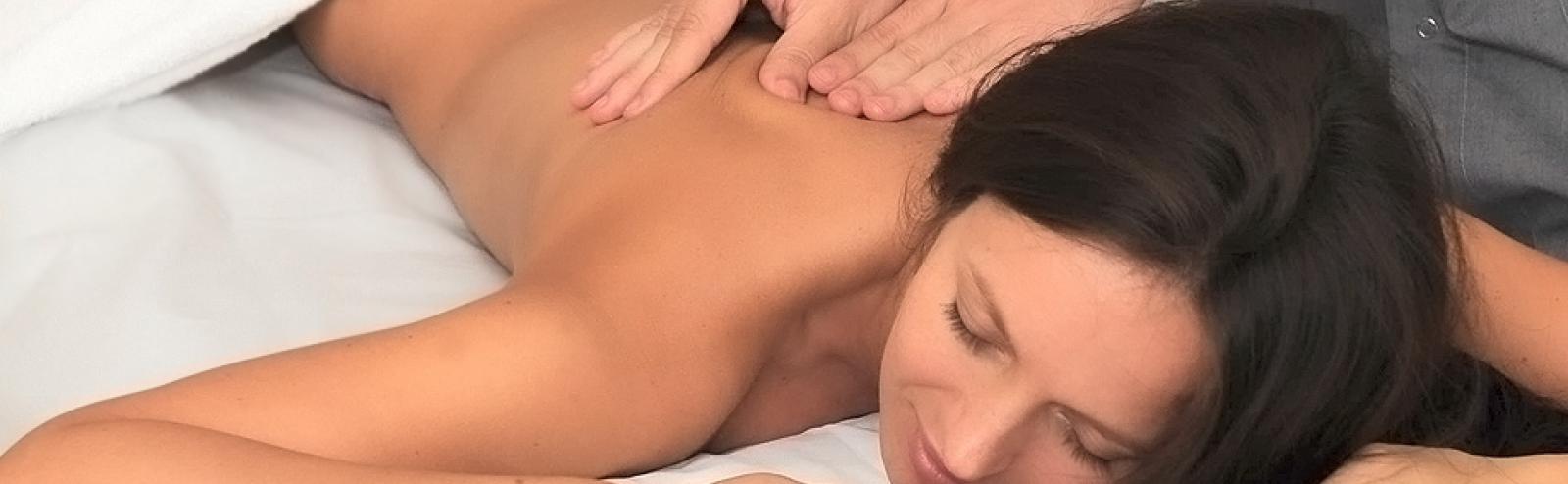 L'art du massage effectué par un kinésithérapeuthe - Thermal Spa Les Célestins