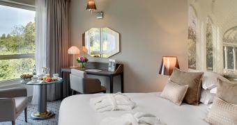 To book your room in Vichy